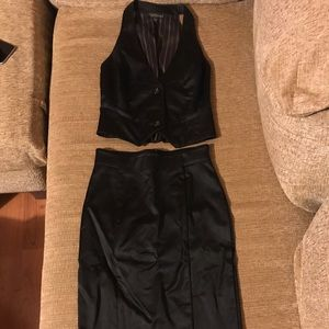 Bebe suit (pencil skirt n vest)